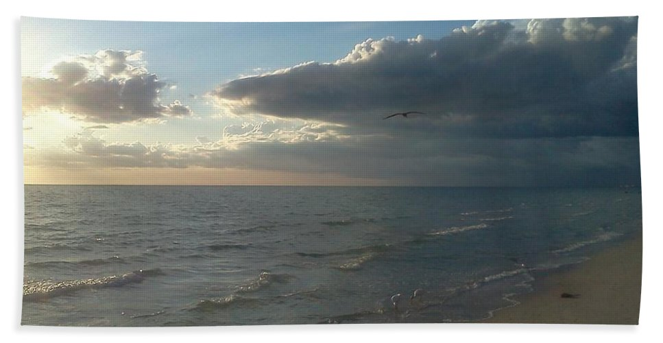 Sunset Of Southwest Florida Hand Towel featuring the photograph Subdued Sunset by K Simmons Luna