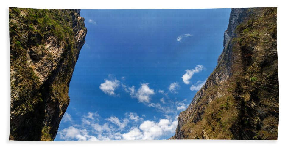 Canyon Bath Sheet featuring the photograph Sumidero Canyon Sky by Jess Kraft