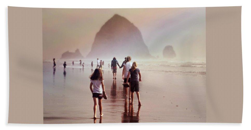 Summer At The Seashore Bath Sheet featuring the photograph Summer At The Seashore by Micki Findlay