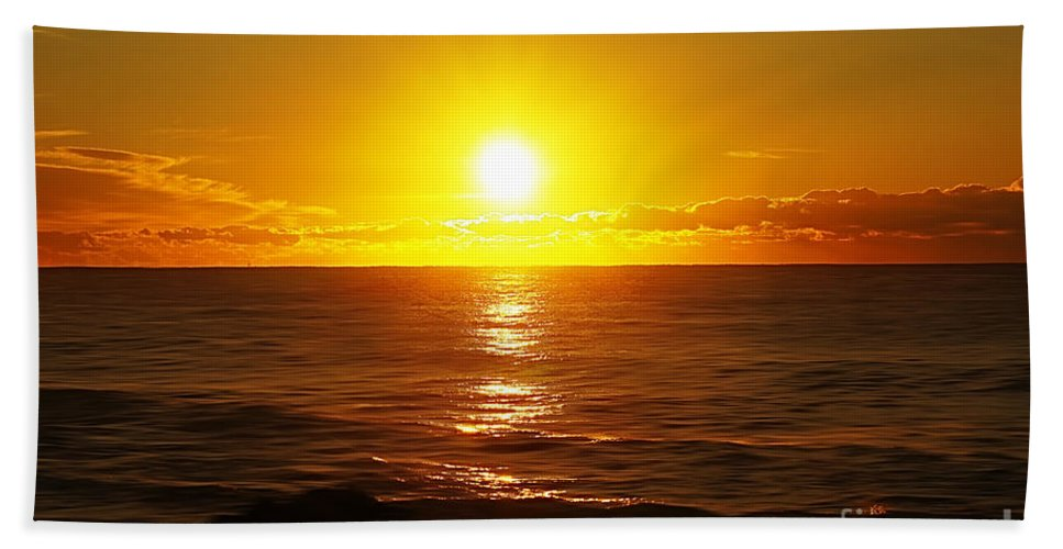 Nature Hand Towel featuring the photograph Sun 8 by Ben Yassa