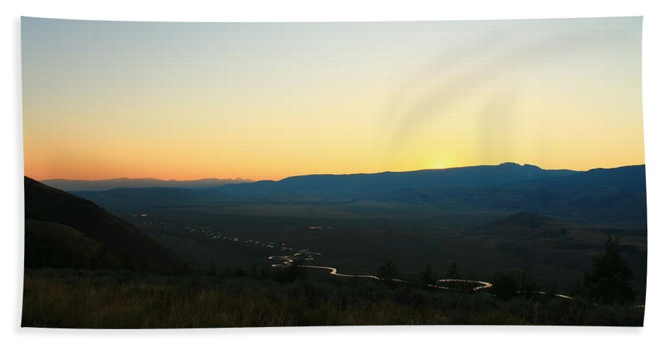 Jackson Hole Hand Towel featuring the photograph Sun On The River by Catie Canetti