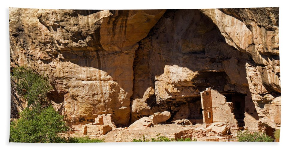 Afternoon Hand Towel featuring the photograph Sun Point View Mesa Verde National Park by Fred Stearns