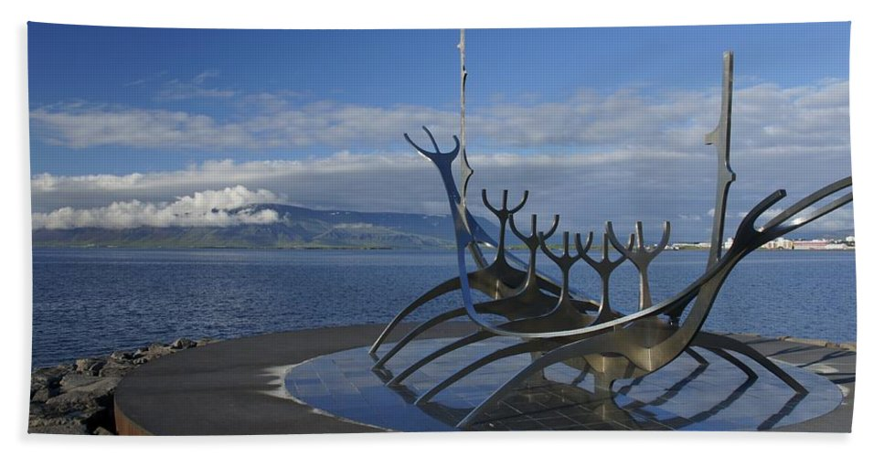 Viking Ship Hand Towel featuring the photograph Sun Voyager by Brian Kamprath
