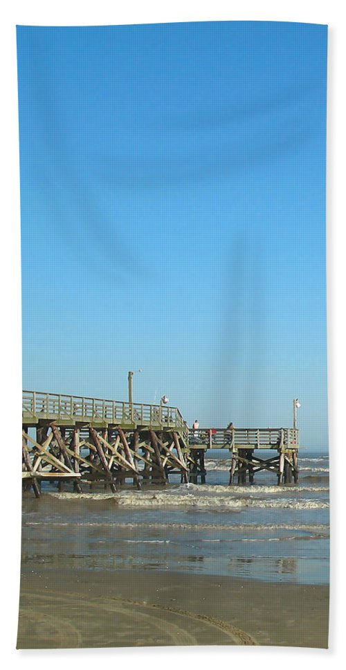 Surfside Bath Sheet featuring the photograph Sunday At Surfside Pier by Connie Fox