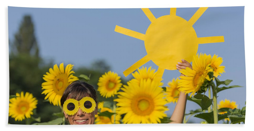 Sunflower Bath Sheet featuring the photograph Sunflower And Sun by Mats Silvan