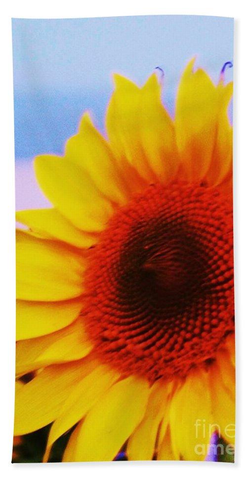 Sunflower Bath Sheet featuring the photograph Sunflower At Beach by Eric Schiabor