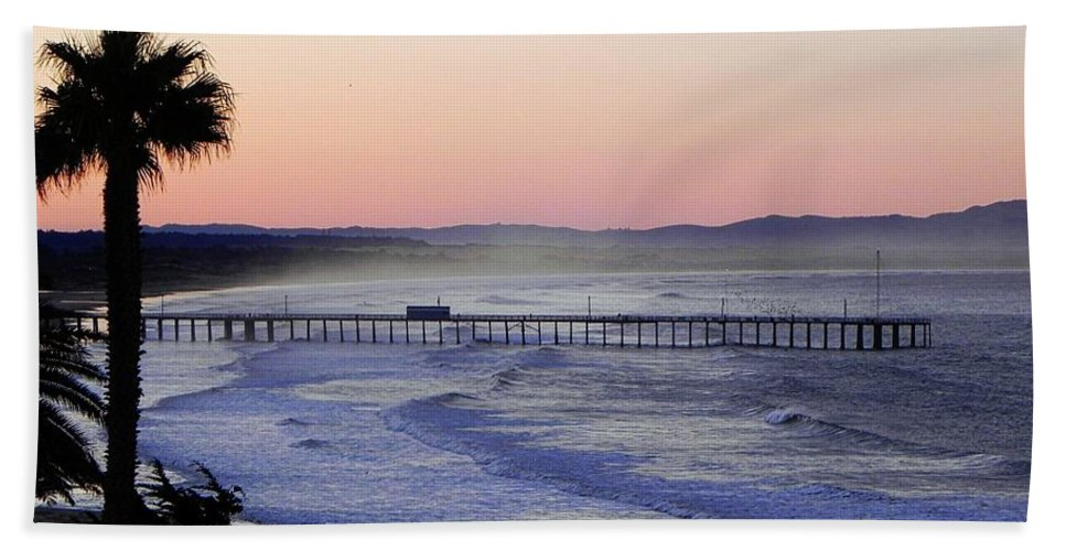 Sunrise Hand Towel featuring the photograph Sunrise At Pismo Beach by Kathy Churchman