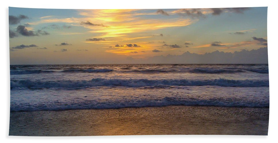 Sunrise Bath Sheet featuring the photograph Sunrise In Salvo by Stacy Abbott