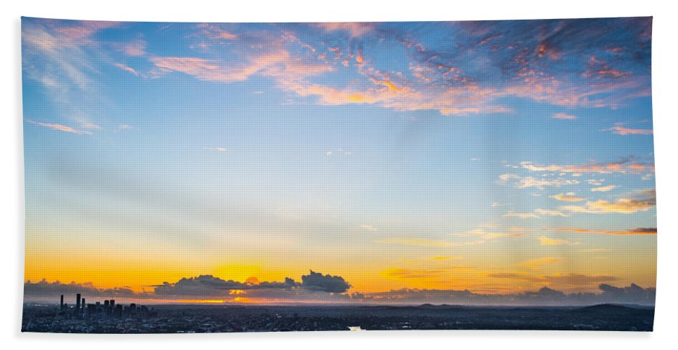 Brisbane Hand Towel featuring the photograph Sunrise On The Horizon by Parker Cunningham