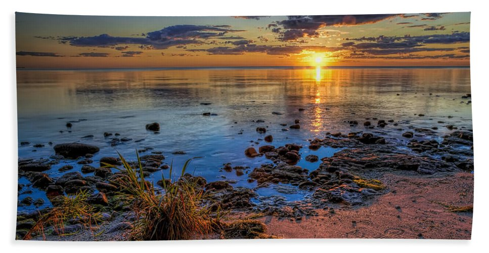 Sun Hand Towel featuring the photograph Sunrise over Lake Michigan by Scott Norris