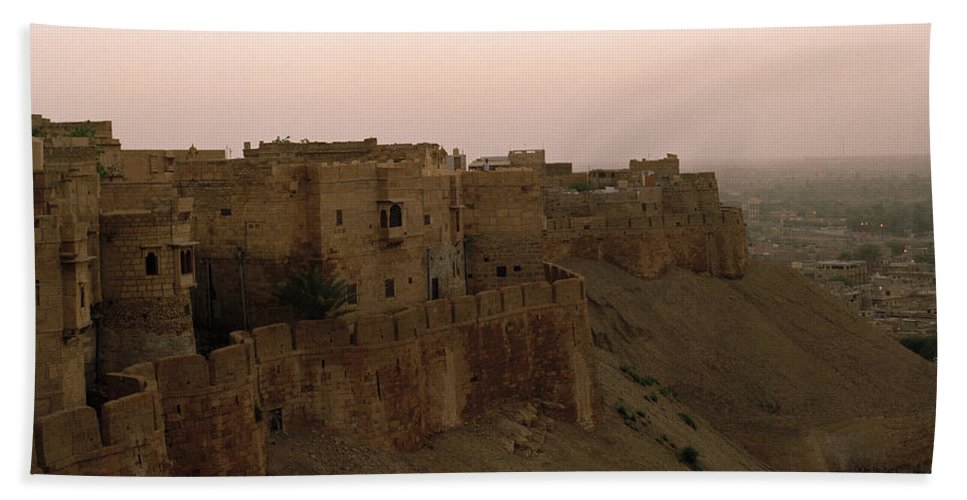 India Bath Sheet featuring the photograph Sunrise Over The Fort by Shaun Higson