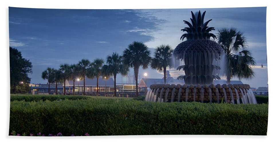 Charleston Hand Towel featuring the photograph Sunrise Pineapple Fountain by E Karl Braun