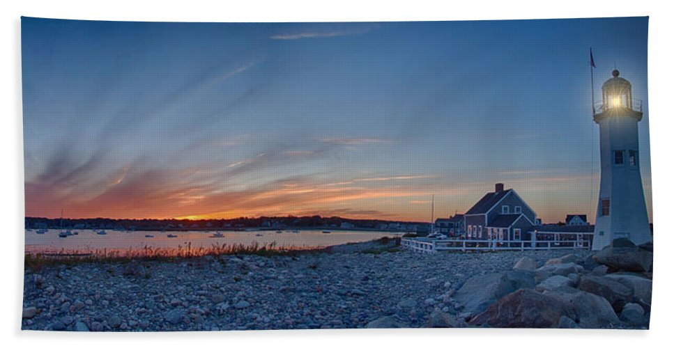 Maritime History Hand Towel featuring the photograph Sunset At Scituate Light by Jeff Folger