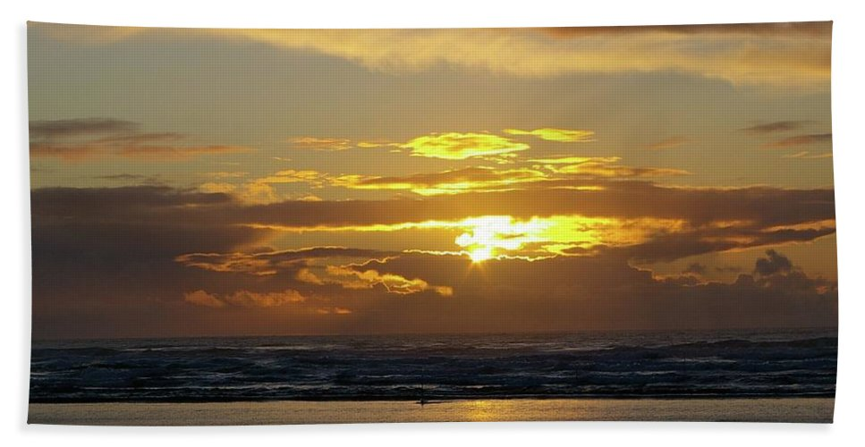 Ocean Hand Towel featuring the photograph Sunset At Westport by Jeff Swan