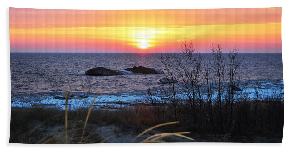 Lake Michigan Bath Sheet featuring the photograph Sunset Beauty by Linda Kerkau