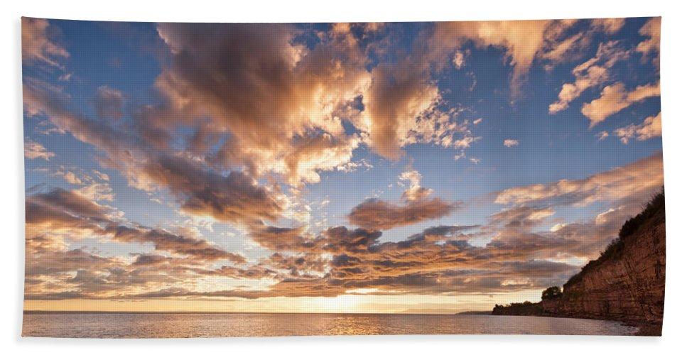 Beach Hand Towel featuring the photograph Sunset Cliffs by U Schade