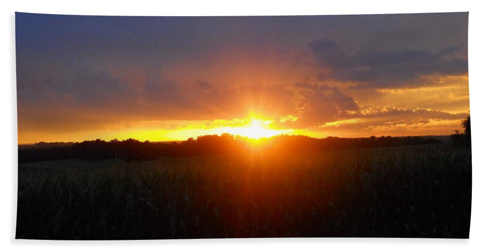 Sunset Hand Towel featuring the photograph Sunset Eye by Coleen Harty
