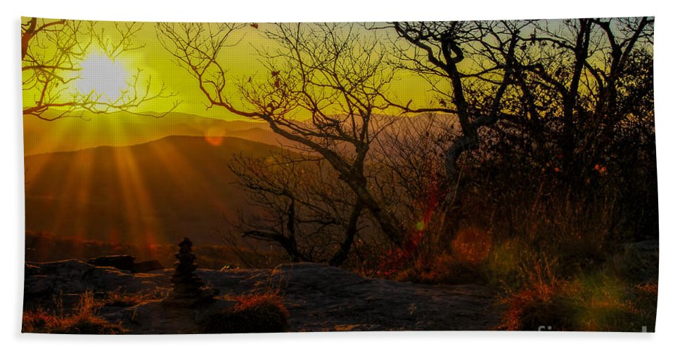 Blood Mountain Bath Sheet featuring the photograph Sunset From Blood Mountain by Barbara Bowen