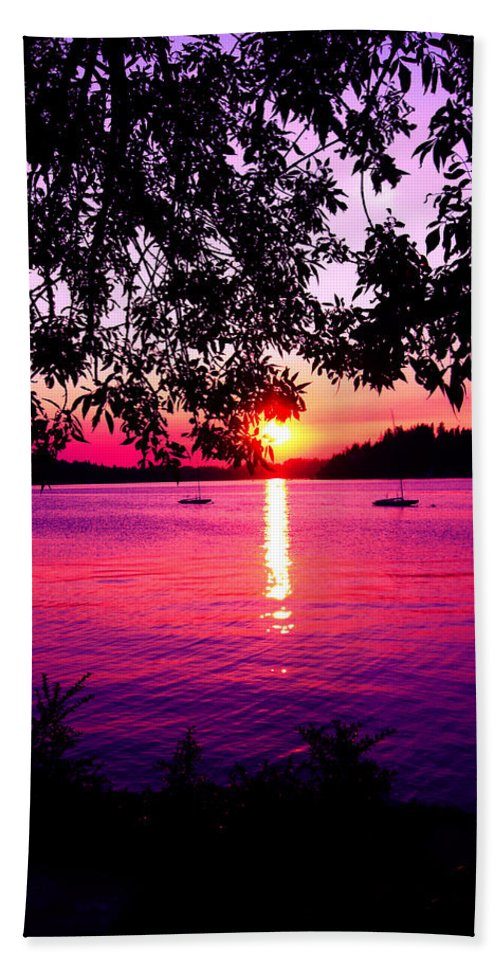 Sunset Hand Towel featuring the photograph Sunset From Point Fosdick Gig Harbor Washington by Carlene Salazar