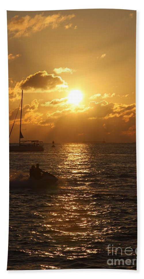 Sunset Hand Towel featuring the photograph Sunset Over Key West by Christiane Schulze Art And Photography