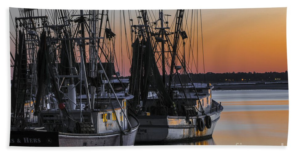 Sunset Hand Towel featuring the photograph Shem Creek Sunset - Charleston Sc by Dale Powell