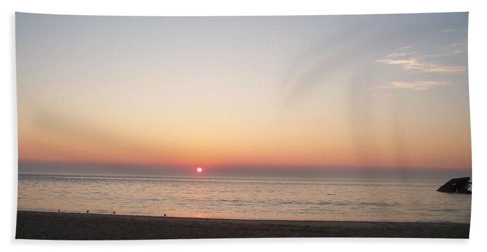 Atlantic Hand Towel featuring the photograph Sunset On The Delaware Sunset Beach by Eric Schiabor