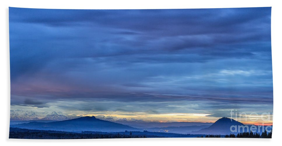 Sunset Hand Towel featuring the photograph Sunset Over The European Alps by Bernd Laeschke
