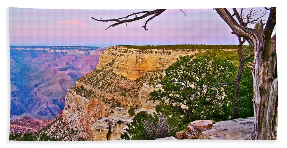 Sunset Over The Grand Canyon From South Rim Trail In Grand Canyon National Park Bath Sheet featuring the photograph Sunset Over The Grand Canyon From South Rim Trail In Grand Canyon National Park-arizona  by Ruth Hager