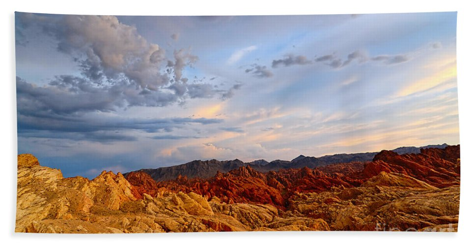 Sunset Bath Sheet featuring the photograph Sunset Over Valley Of Fire State Park In Nevada by Jamie Pham