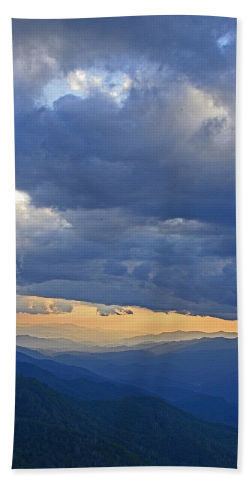 Sunset Hand Towel featuring the photograph Sunset Under The Clouds by Eric Albright