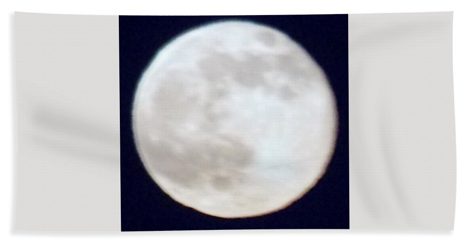 Moon Bath Sheet featuring the photograph Super Moon by Phyllis Spoor