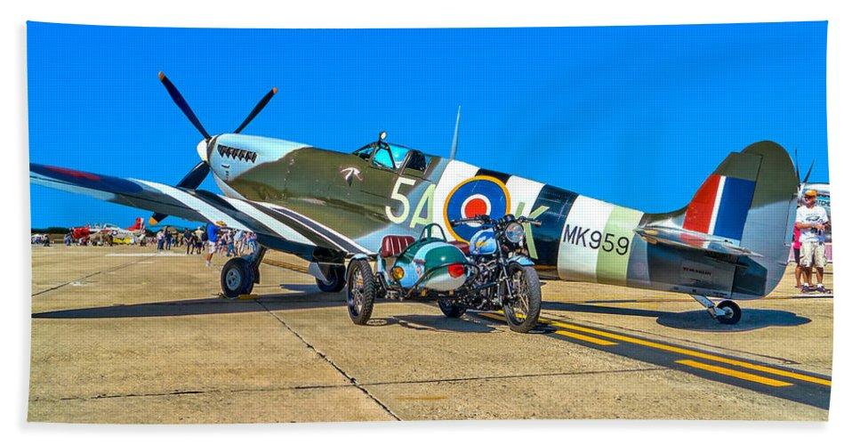 Supermarine Bath Sheet featuring the photograph Supermarine Mk959 Spitfire by Nick Zelinsky