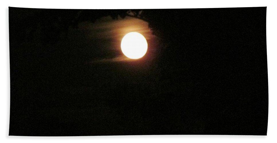 Moon Bath Sheet featuring the photograph Super Moon by Don Baker