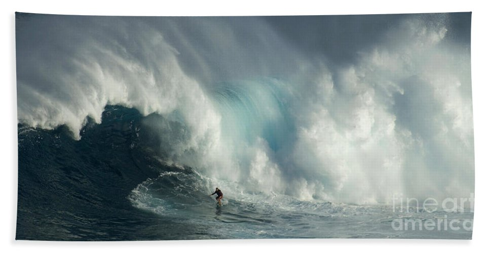 Jaws Bath Sheet featuring the photograph Surfing Jaws The Wild Side by Bob Christopher