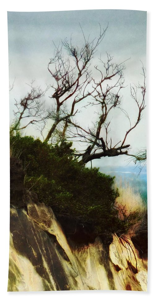 Halswell Bath Sheet featuring the photograph Surviving On The Cliff Top by Steve Taylor