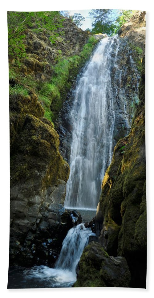 Water Bath Sheet featuring the photograph Susan Creek Falls Series 10 by Teri Schuster