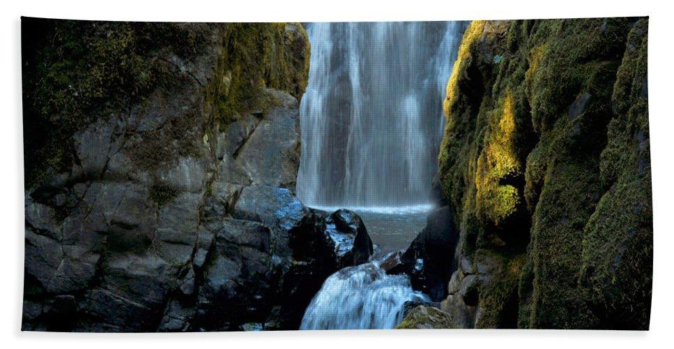 Water Bath Sheet featuring the photograph Susan Creek Falls Series 12 by Teri Schuster