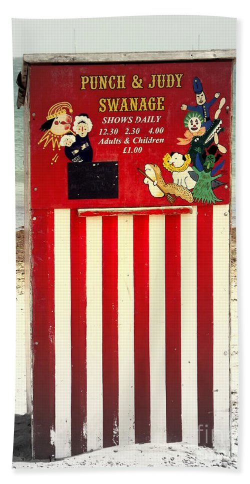 Punch And Judy Bath Sheet featuring the photograph Swanage Punch And Judy by Linsey Williams