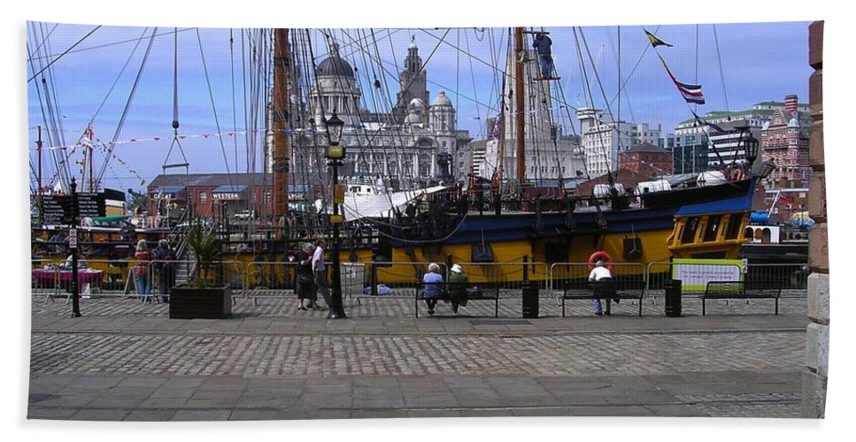 Tall Ships Hand Towel featuring the photograph Tall Ship At Albert Dock 2 by Joan-Violet Stretch