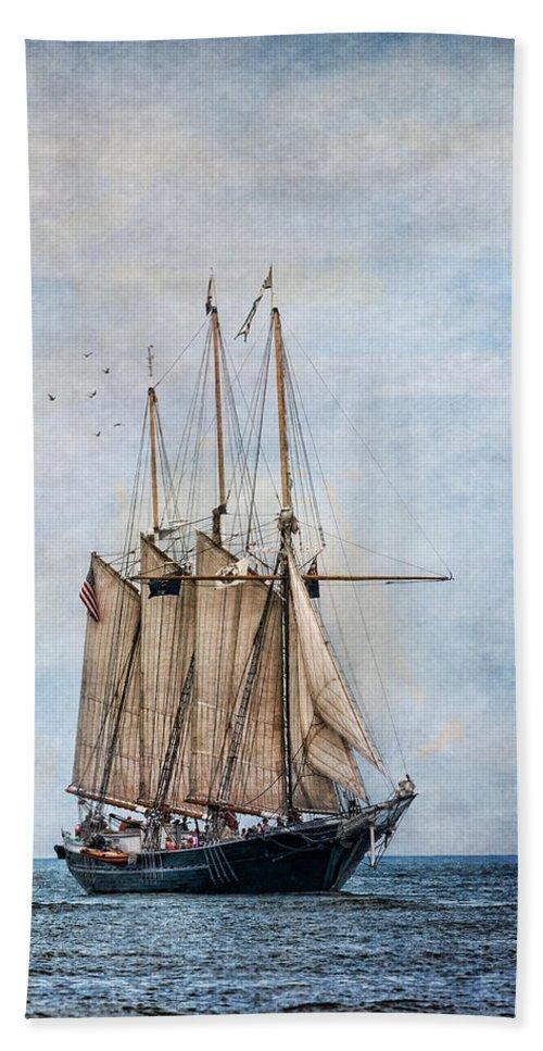 Denis Sullivan Bath Sheet featuring the photograph Tall Ship Denis Sullivan by Dale Kincaid