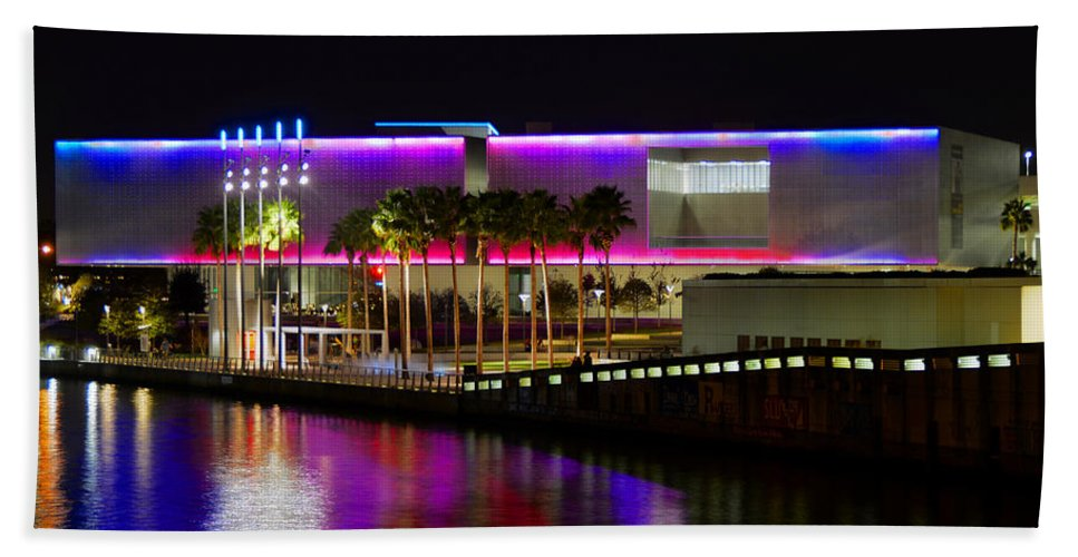 Tampa Museum Of Art Hand Towel featuring the photograph Tampa Museum Of Art In Hdr by David Lee Thompson
