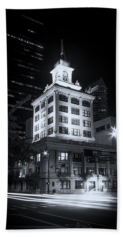 Old Buildings Bath Sheet featuring the photograph Tampa's Old City Hall by Marvin Spates