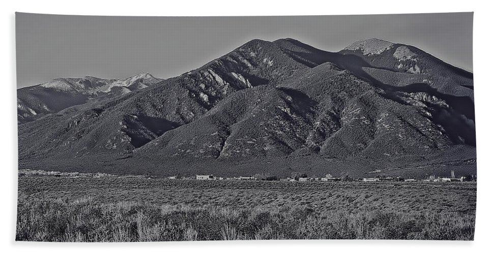Taos Hand Towel featuring the photograph Taos In Black And White II by Charles Muhle