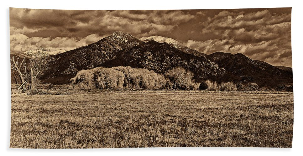 Taos Bath Sheet featuring the digital art Taos Mountain In Platinum by Charles Muhle