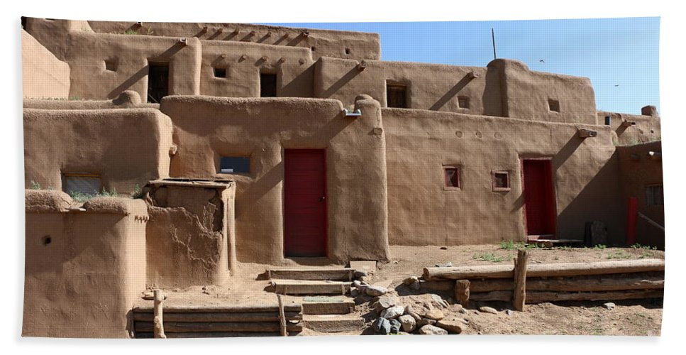 Pueblo Hand Towel featuring the photograph Taos Red Doors by Christiane Schulze Art And Photography
