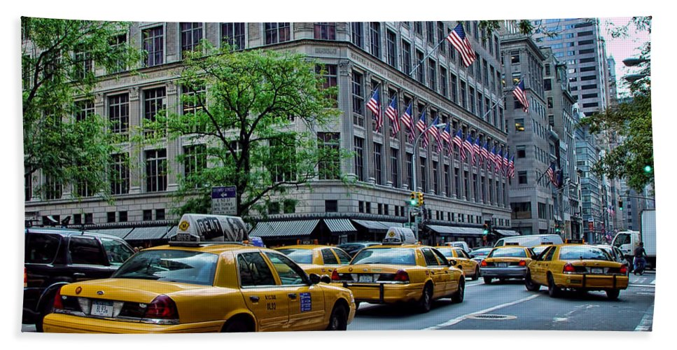 American Flag Bath Sheet featuring the photograph Taxicabs Of New York City by New York