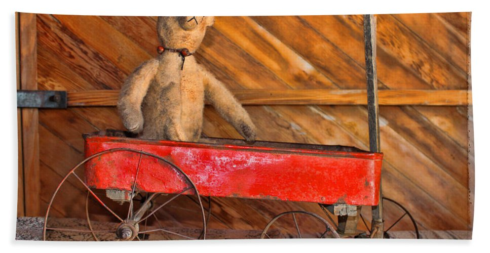 Antiques Hand Towel featuring the photograph Teddy Takes A Ride by Sylvia Thornton