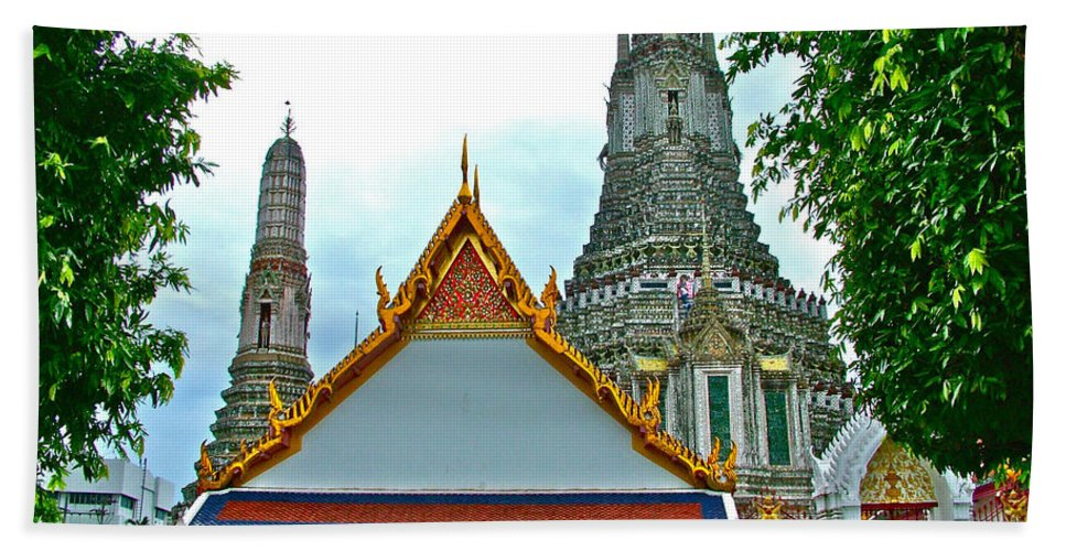 Temple Of The Dawn Hand Towel featuring the photograph Temple Of The Dawn-wat Arun In Bangkok-thailand by Ruth Hager
