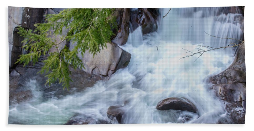 Water Fall Hand Towel featuring the photograph Tennessee Waterfall by Shannon Harrington