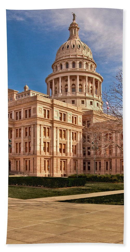 Texas Bath Sheet featuring the photograph Texas State Capitol Building by David and Carol Kelly